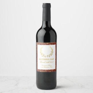 Etiqueta Para Botella De Vino El día de madre floral de la guirnalda del oro