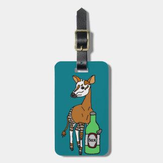 Etiqueta Para Maletas Arte de consumición de la cerveza del Okapi