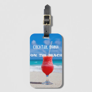 Etiqueta Para Maletas Bebida del cóctel en la playa
