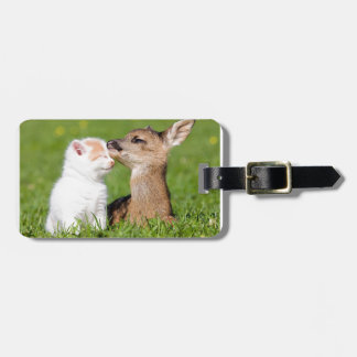 Etiqueta Para Maletas Ciervos del bebé y abrazo del gatito