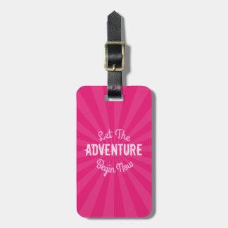 Etiqueta Para Maletas El rosa femenino dejó la aventura ahora comenzar