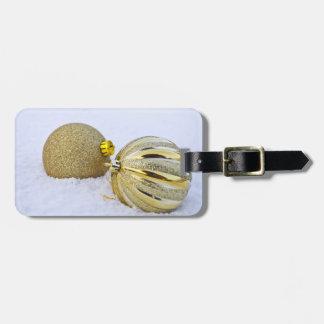 Etiqueta Para Maletas Ornamentos de la bola del navidad del oro en la
