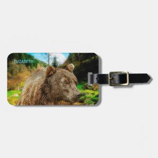 Etiqueta Para Maletas Oso grizzly grande y paisaje hermoso de las