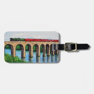 Etiqueta Para Maletas Tren del vapor en una pintura del viaducto