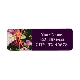 Etiqueta perno retro floral púrpura del vintage encima del