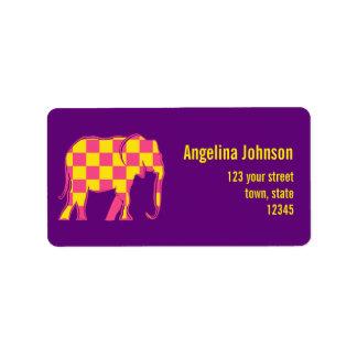 Etiqueta Púrpura femenina del elefante rosado amarillo