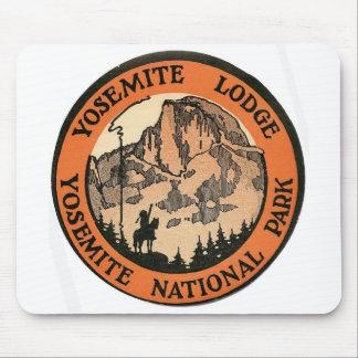 Etiqueta retra de la casa de campo de Yosemite del Alfombrilla De Ratón