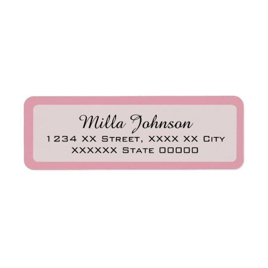 Etiqueta su nombre con la frontera rosada