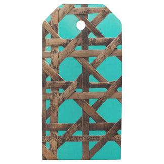 Etiquetas De Madera Para Regalos Artículo de mimbre de madera viejo