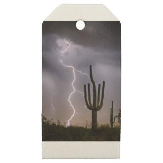 Etiquetas De Madera Para Regalos Asalto de la monzón del desierto de Sonoran