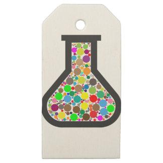 Etiquetas De Madera Para Regalos Cubilete con las sustancias químicas del arco iris