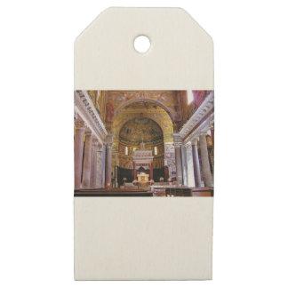 Etiquetas De Madera Para Regalos Dentro de la iglesia sí