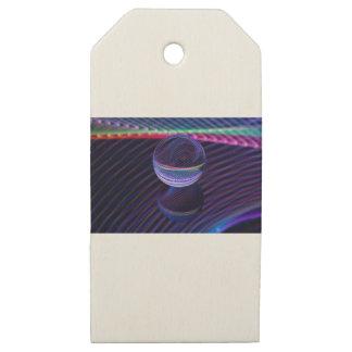 Etiquetas De Madera Para Regalos Líneas a cuadros en la bola de cristal
