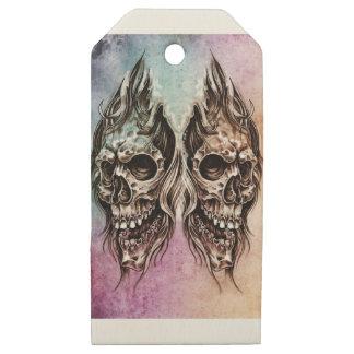 Etiquetas De Madera Para Regalos skull and dragons, Tattoo sketch, handmade design