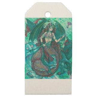 Etiquetas De Madera Para Regalos Verde del trullo del mar del océano del unicornio