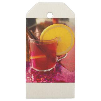 Etiquetas De Madera Para Regalos Vino reflexionado sobre fruta con canela y el
