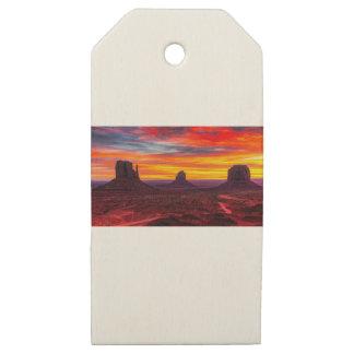 Etiquetas De Madera Para Regalos Vista escénica de la puesta del sol sobre el mar