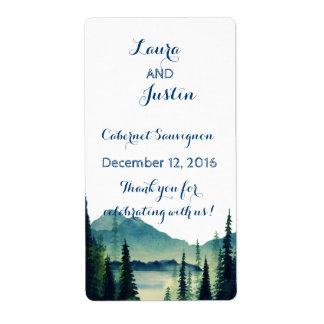 Etiquetas del vino - boda que acampa etiquetas de envío