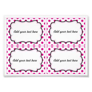 Etiquetas imprimibles del lunar rosado