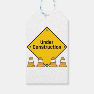 Etiquetas Para Regalos Bajo construcción con los conos