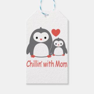 Etiquetas Para Regalos enfriándose con la mamá, dibujos animados