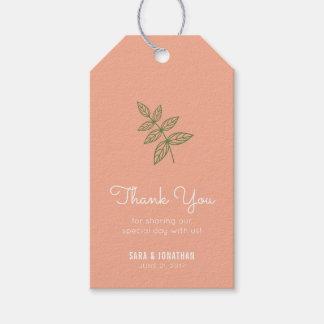 Etiquetas Para Regalos La hoja de la verde salvia en el boda coralino le