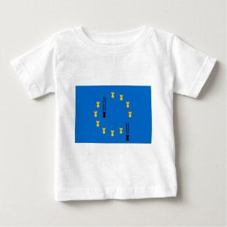 eu_flag_bombs camiseta de bebé