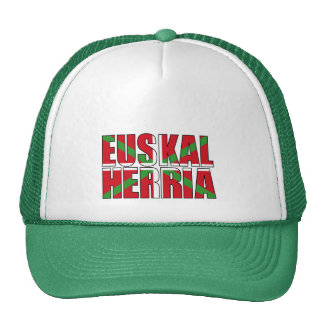 Euskal Herria forma la bandera vasca: Ikurriña, Gorras