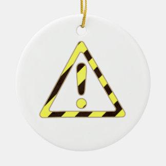 Exclamación amarilla y negra del triángulo de la ornamentos para reyes magos
