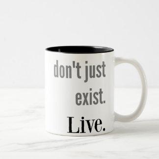 Existe V. Live Mug Taza De Café De Dos Colores