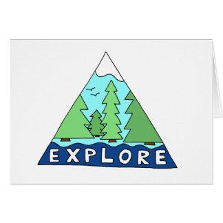 Explore la tarjeta de nota en blanco de la montaña