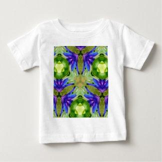 Extracto artístico verde púrpura tropical camiseta de bebé