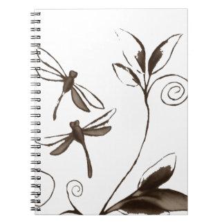 Extracto de la libélula libros de apuntes con espiral