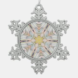 Extracto elegante con clase ligero bonito adorno de peltre tipo copo de nieve