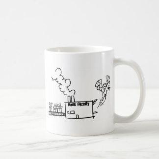 Fábrica de los alces taza de café