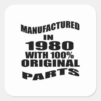 Fabricado en 1980 con las piezas de la original pegatina cuadrada