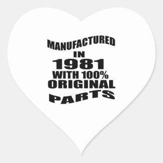 Fabricado en 1981 con las piezas de la original pegatina en forma de corazón