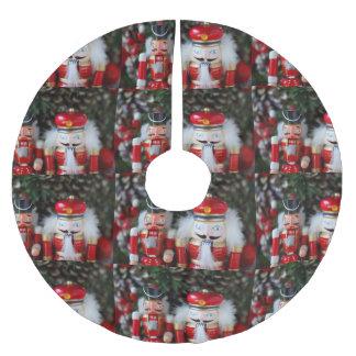 Falda Para El Árbol De Navidad De Poliéster Cascanueces con el fondo del día de fiesta