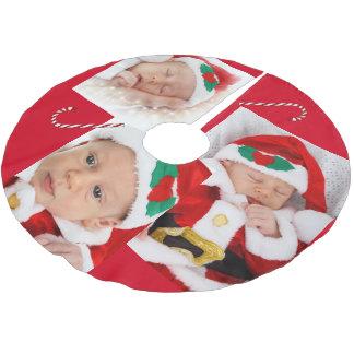 Falda Para El Árbol De Navidad De Poliéster Imágenes de la familia y falda del árbol del