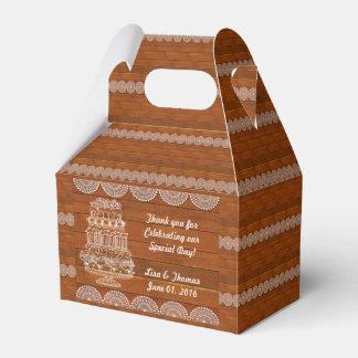Falsa caja de madera rústica del favor del boda