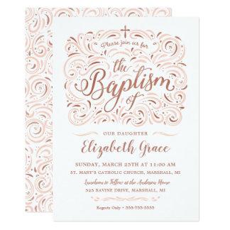 Falsa invitación color de rosa del bautismo del