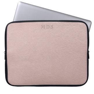 Falso se ruboriza la manga de cuero rosada del funda para ordenador