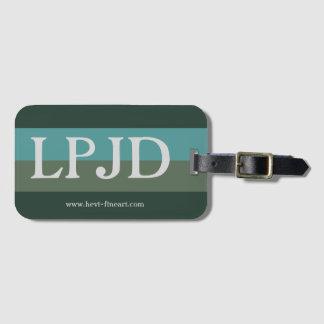 fambly el equipaje marca LPJD con etiqueta