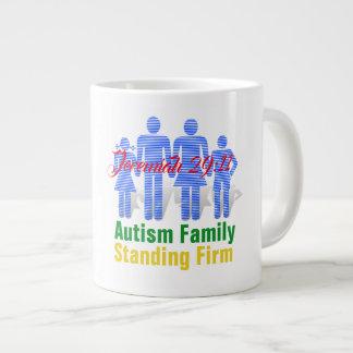 Familia del autismo (escritura) - taza enorme