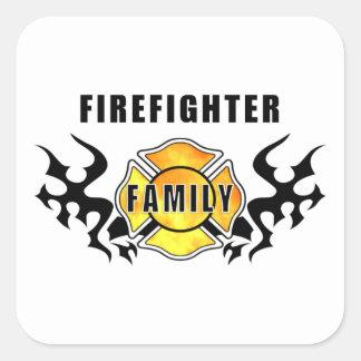 Familia del bombero calcomanía cuadrada personalizada