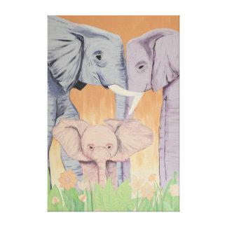 Familia del elefante en lona lona envuelta para galerias