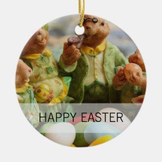 Familia y huevos del conejo de conejito de pascua adorno de cerámica