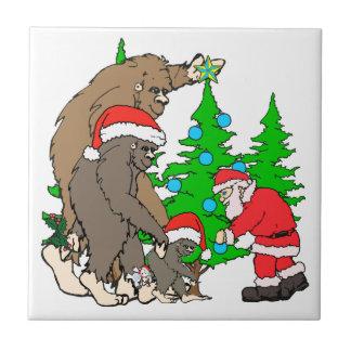 Familia y Santa de Bigfoot Azulejo