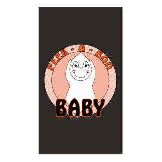 Fantasma del bebé que juega con ojeada decir del a tarjetas de visita