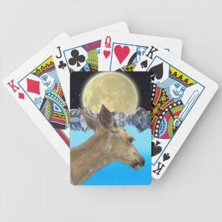 Fauna salvaje de los ciervos para los Al aire Barajas De Cartas